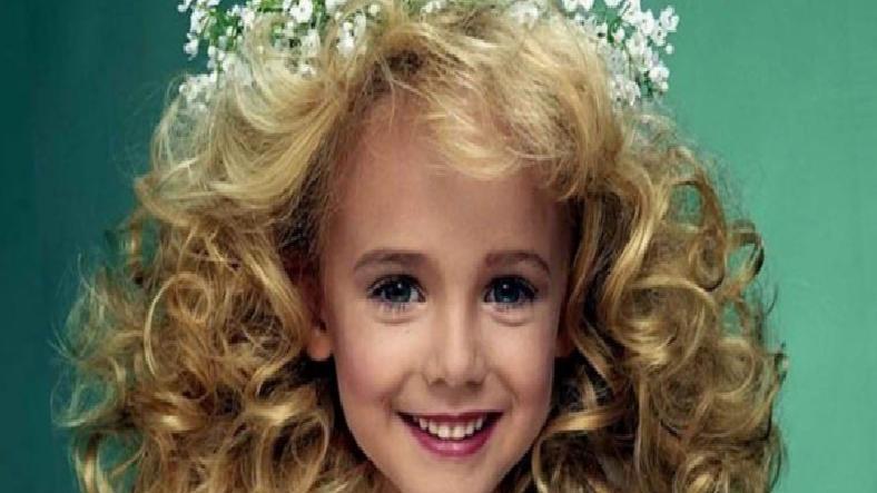 6 Yaşındaki Güzellik Kraliçesi JonBenet Ramsey'nin Cinayeti