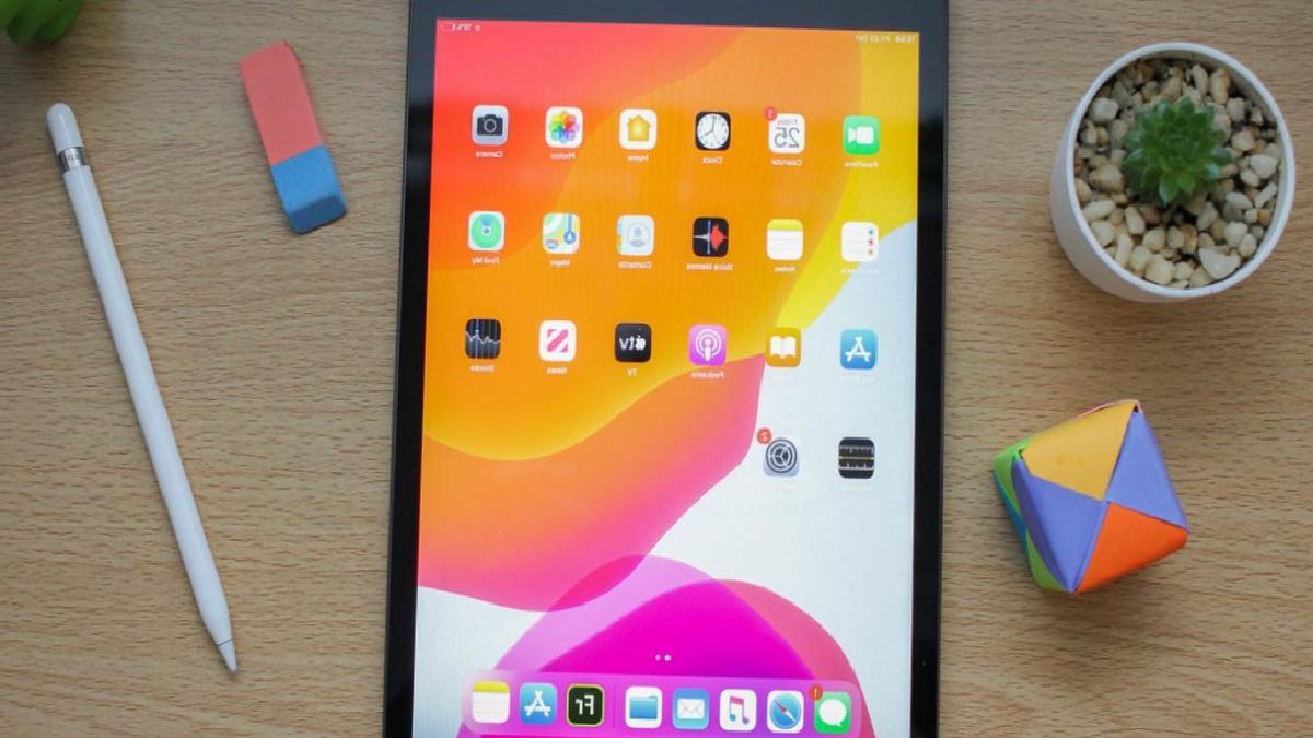 Apple, çip krizi nedeniyle iPad ve MacBook'ların üretimini erteledi