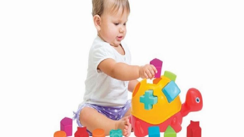 Bebeğiniz İçin 1 Yaş Eğitici Oyuncak Tavsiyeleri