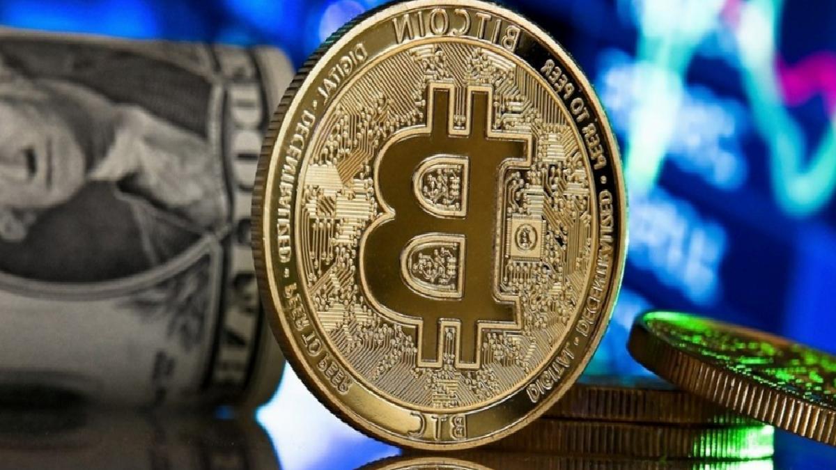 Bitcoin'in sert düşüşü kripto para piyasasını salladı: İşte Altcoin'lerde son durum