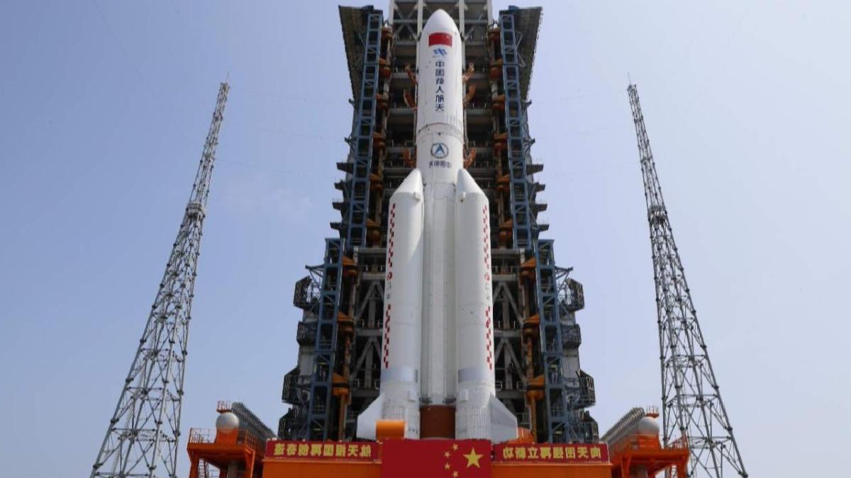 Çin'den roket konusunda açıklama: ABD bizi kıskanıyor