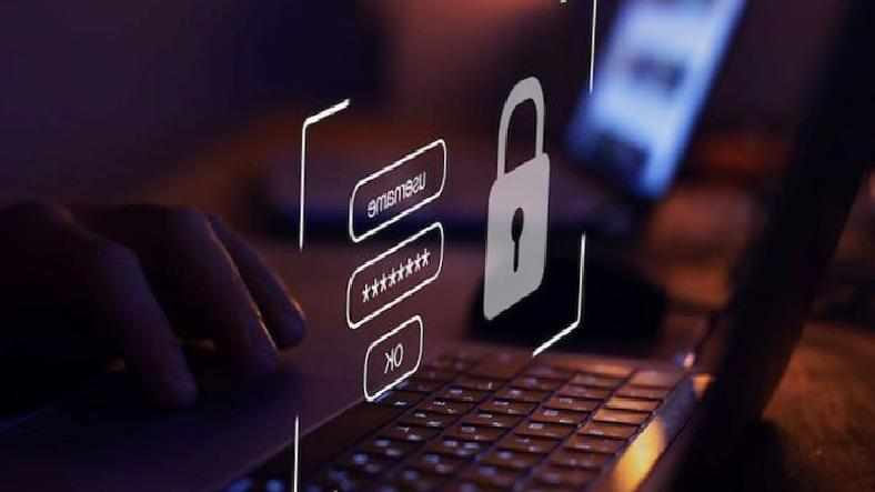 Dark Web'de Bilgileriniz Ne Kadara Satılıyor?