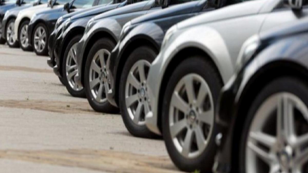 İkinci el araçlar için şaşırtan iddia: Bayiler sıfır araçları saklıyor