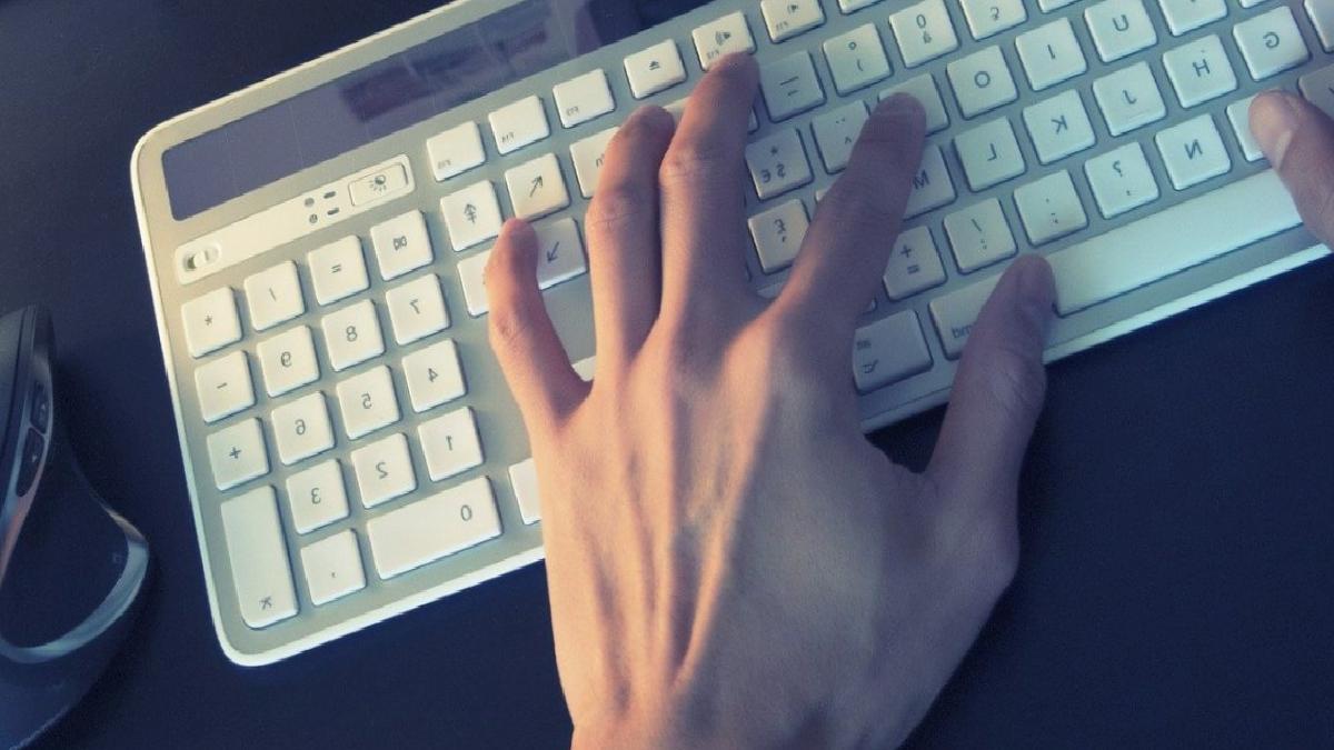 İstismarcılar internet üzerinden saldırıyor