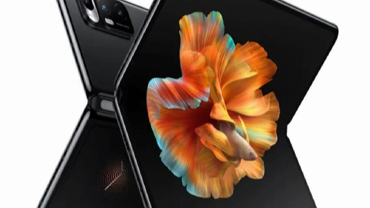 Katlanabilir telefon Xiaomi Mi Mix Fold'un stokları tükendi
