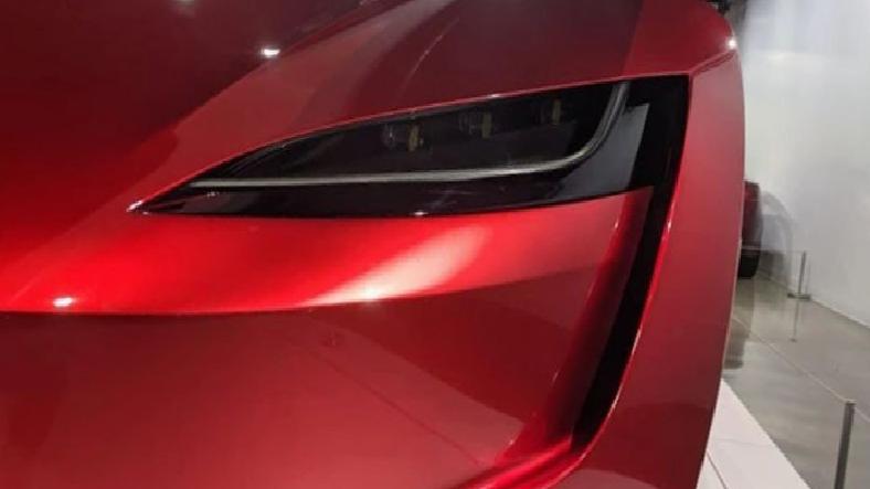 Tesla Roadster, 1,1 Saniyede 100 km/sa Hıza Ulaşabilecek