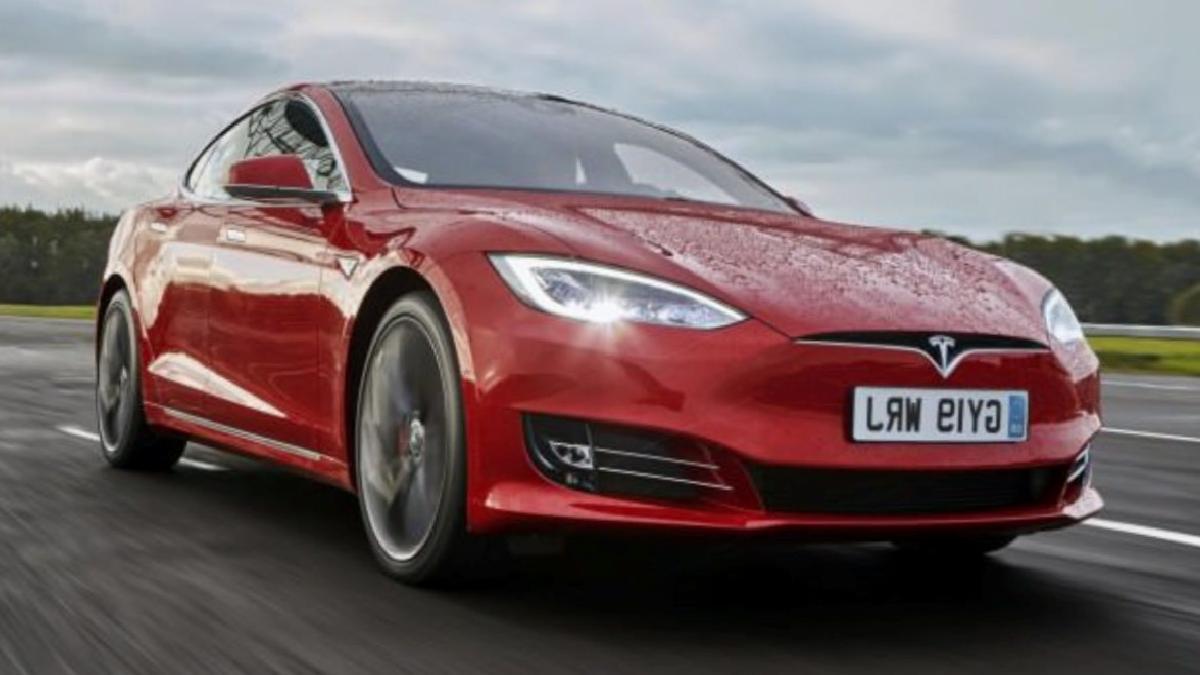 Toyota ve Tesla'dan yeni elektrikli SUV modeli