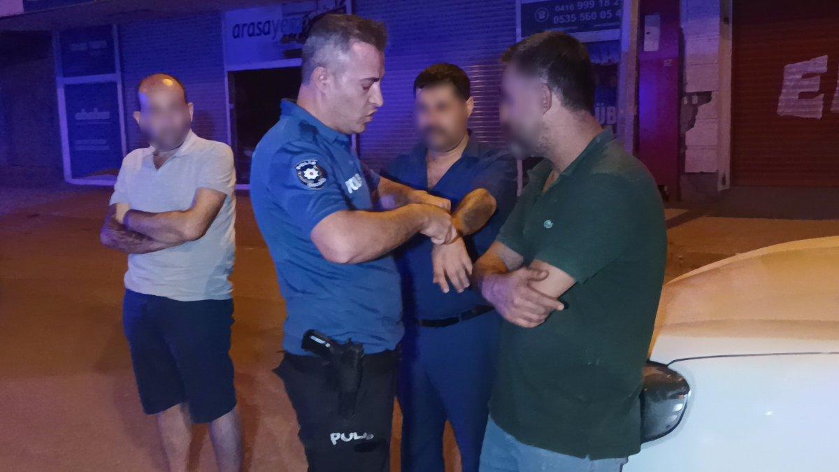 Adıyaman'daki şüpheli araçta uyuşturucu bulundu