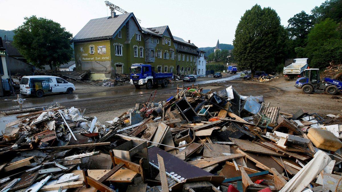 Almanya'da sel sonrası yapılanma için 30 milyar euro ayrıldı