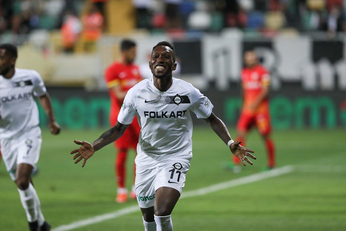 Altay, sahasında Kayseri ye 3 gol attı #1