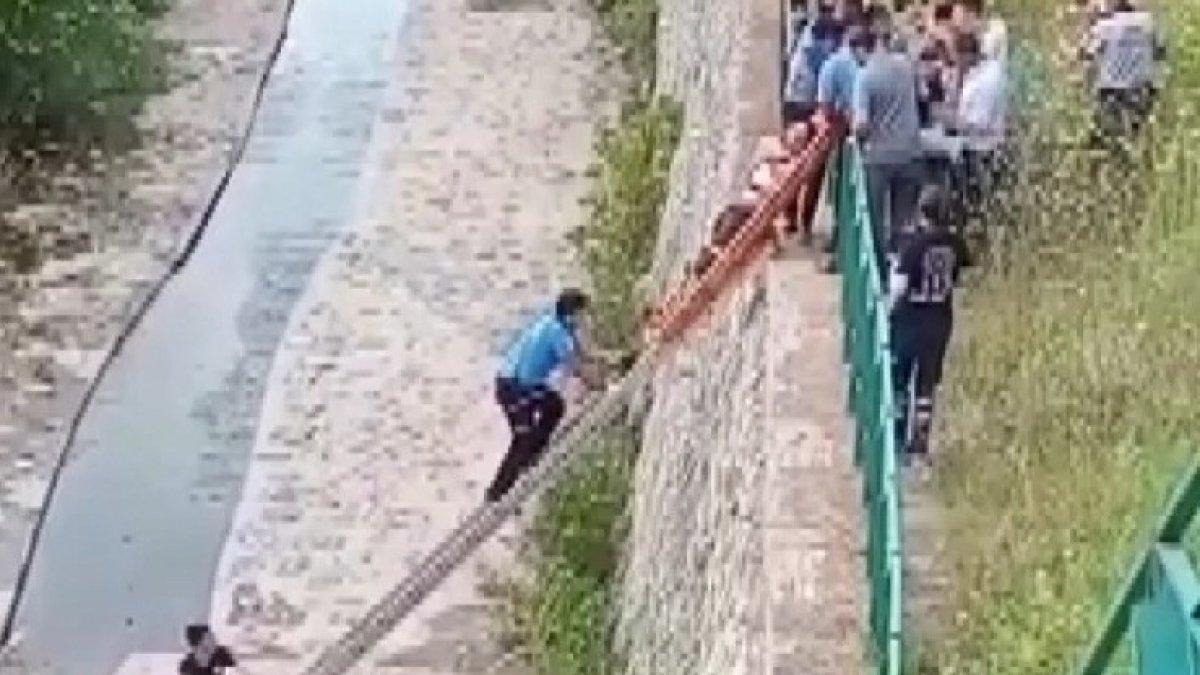 Bursa'da dereye düşen kişi kurtarıldı