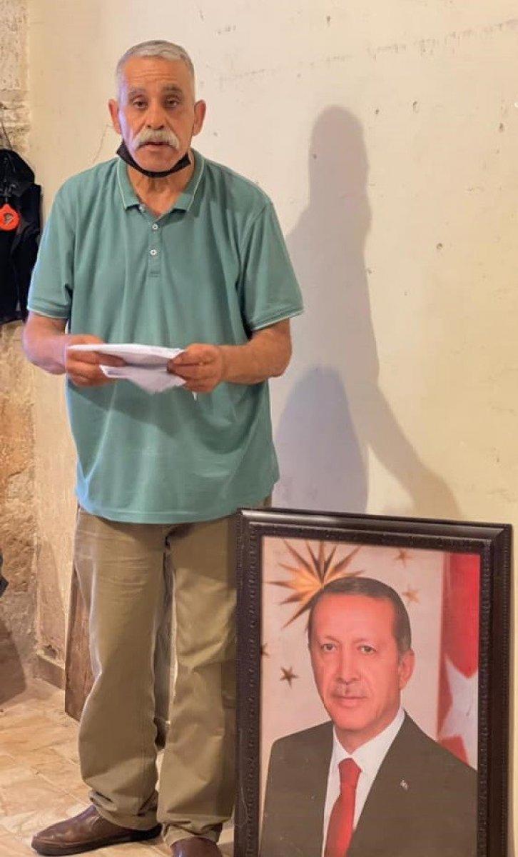 İsrail de, dükkanına Erdoğan fotoğrafı asan esnafa para cezası #2