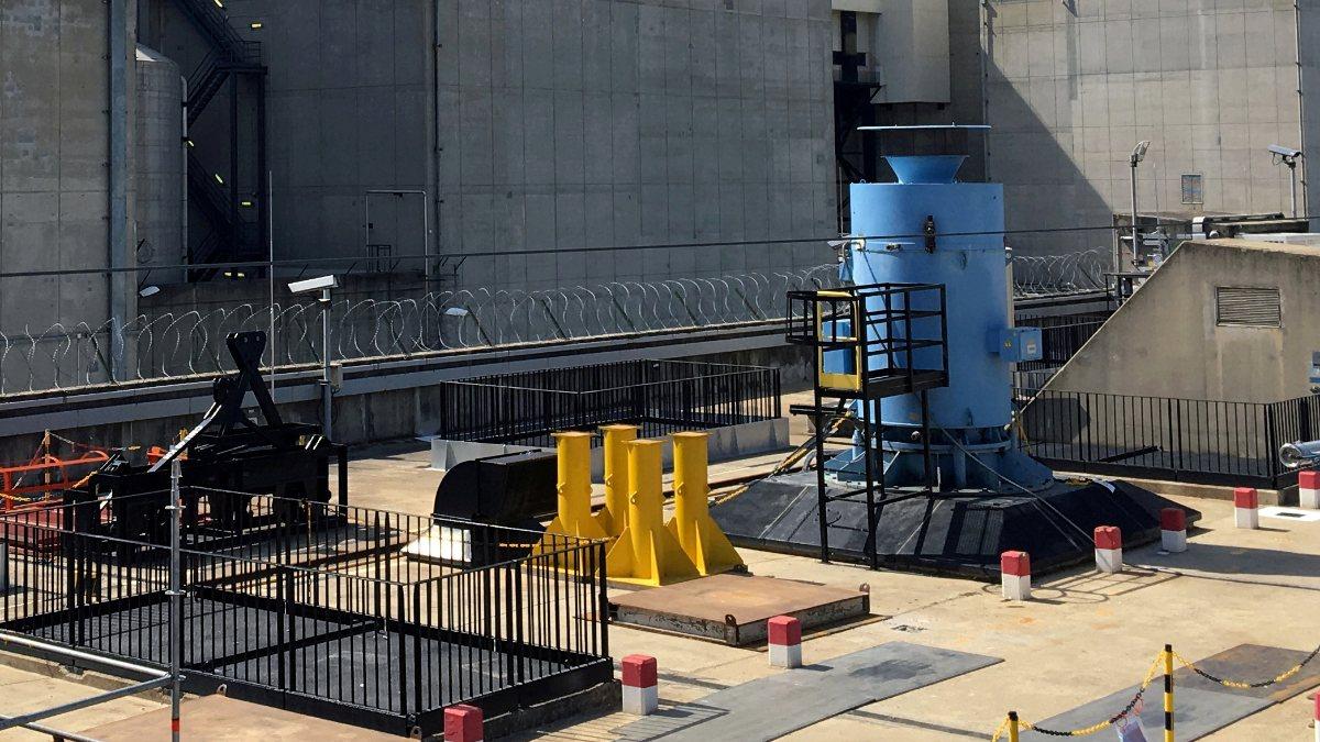 Japonya'da nükleer santralde sızıntı endişesi
