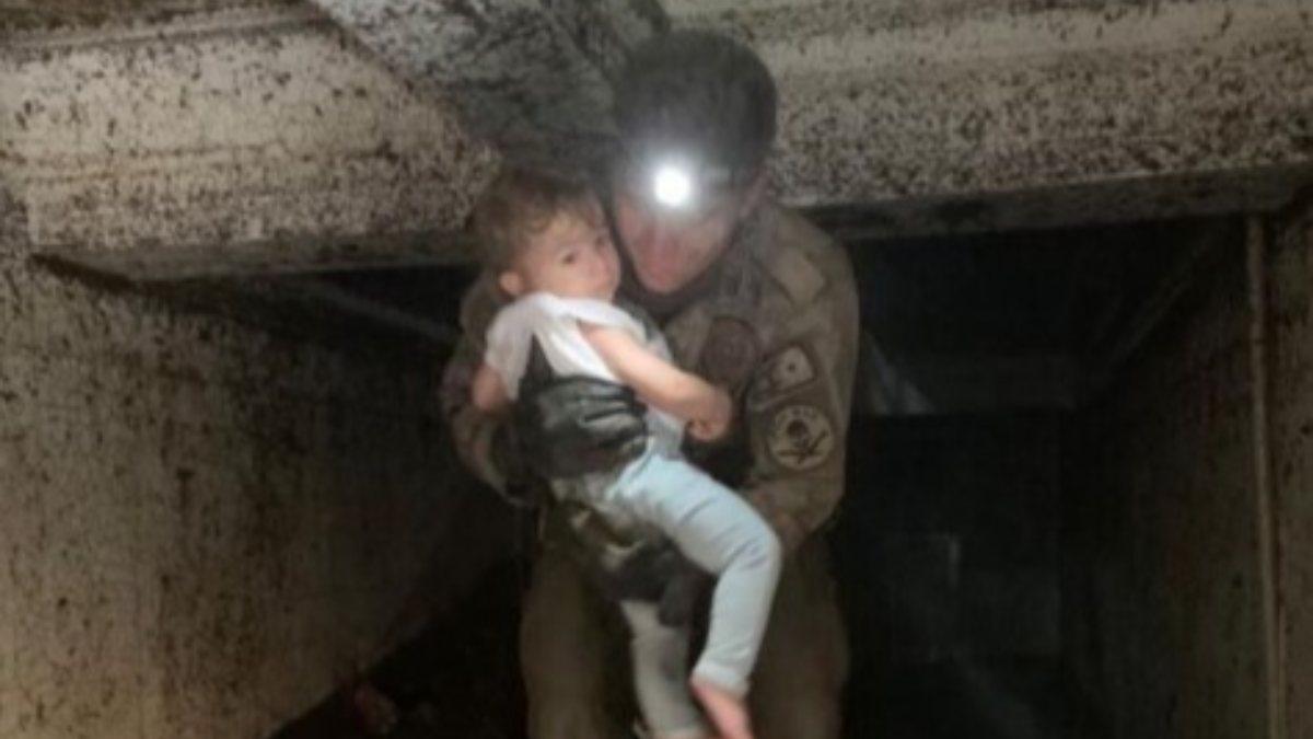 Kastamonu'da küçük çocuğun kurtarılma anı
