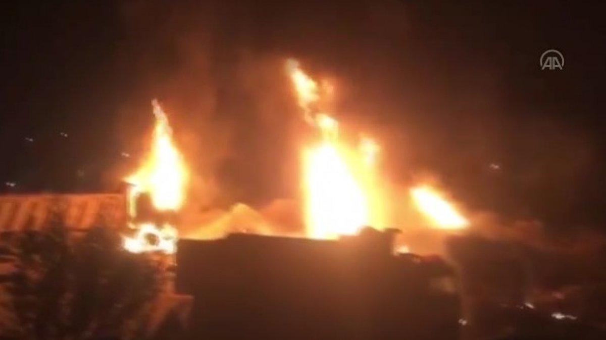 Lübnan'da akaryakıt tankeri patladı: Çok sayıda ölü ve yaralı var