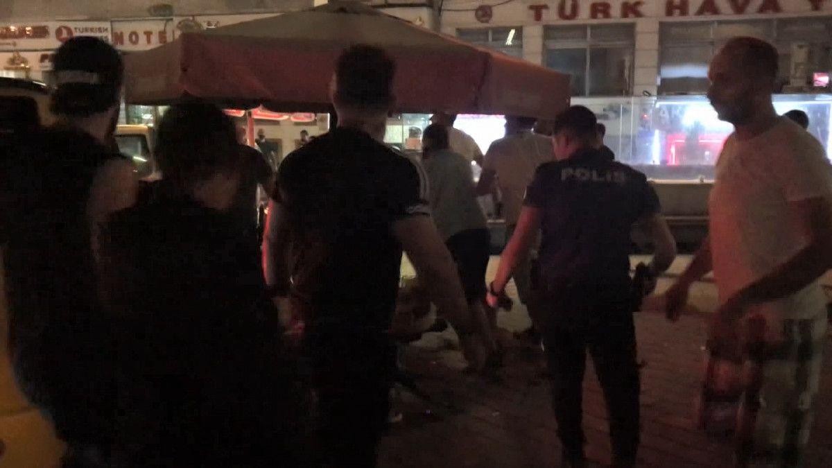 Taksim de tekme tokat meydan kavgası #4